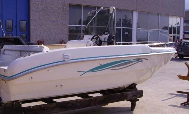 Barca a motorefiart mare fiart 17 brezza mod 03 anno2005