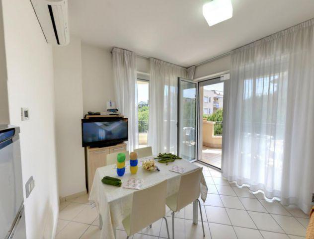 Appartamento bilocale con utenze incluse a partire da €