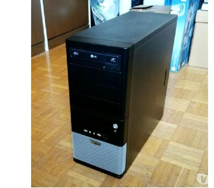 Computer fisso tower assemblato