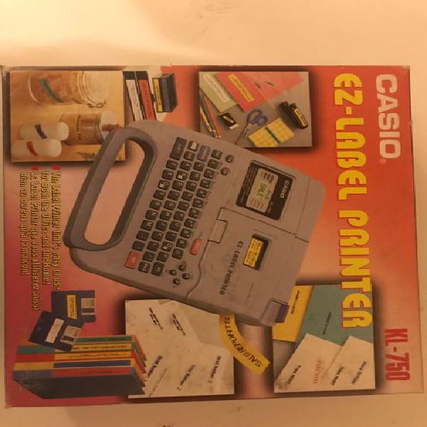 Etichettatrice elettronica casio kl 750 nuova