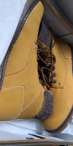 Stock scarpe uomo