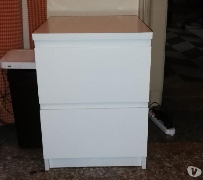 Ikea Armadio 2 Ante 2 Cassetti.Cassettiera Legno Ikea Cassetti Offertes Maggio Clasf