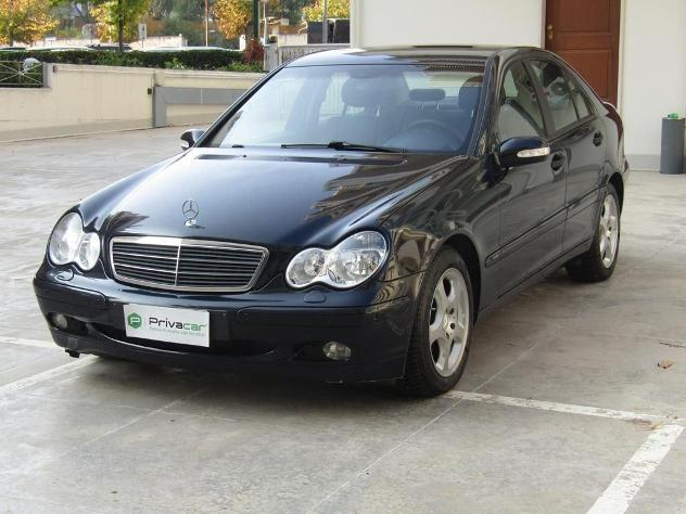 Mercedes-benz classe c - w203 c 220 cdi classic