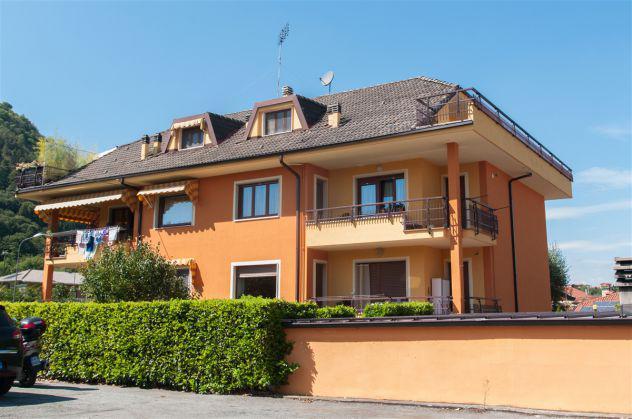 Vignolo: appartamento con ampio terrazzo e garage
