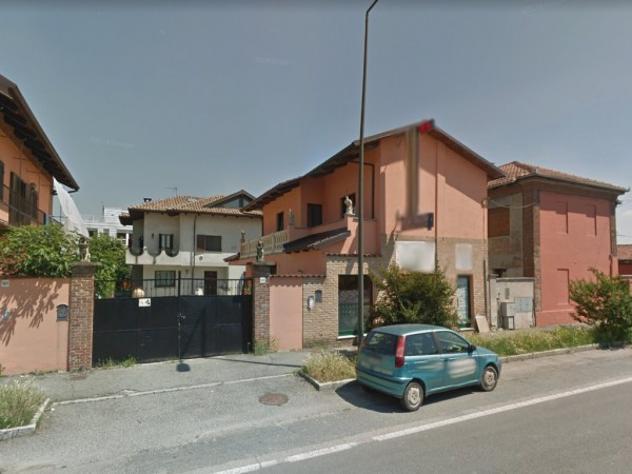 Villa di 422 m² con più di 5 locali e box auto in vendita