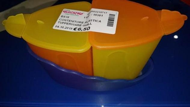 Contenitore plastica tupperware giallo arancio