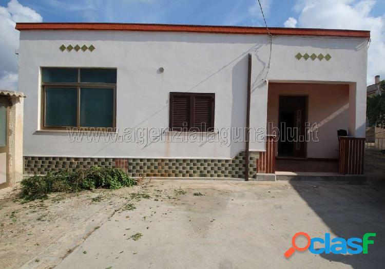 Casa indipendente 100 mq+cantina+giardino 1200mq