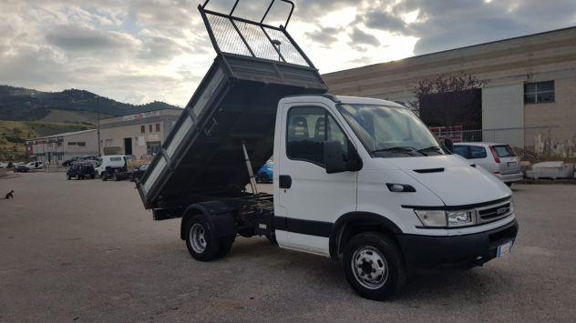 Iveco daily 35c ribaltabile trilaterale