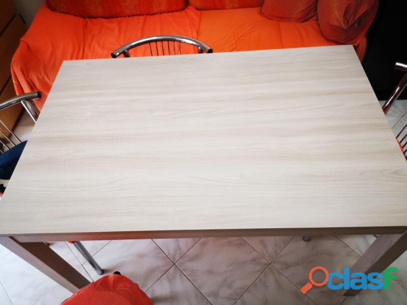Tavolo allungabile completo sedie </p>                     </div>                     <div id=