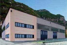 Capannone a Carrara