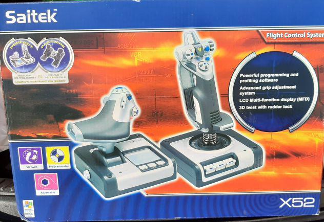 Joistick videogioco saitek x52