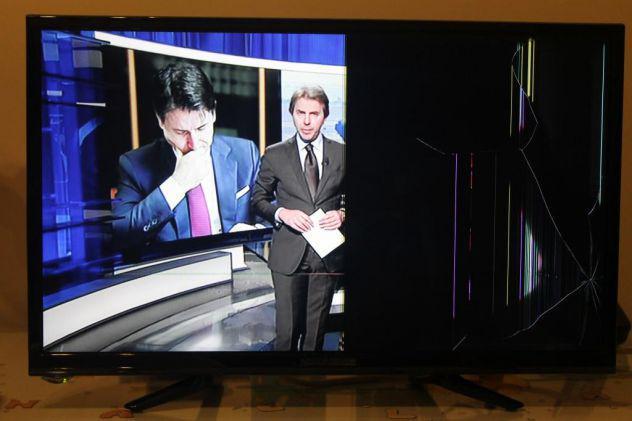 """Nordmende nd24n2100c tv led 24"""""""