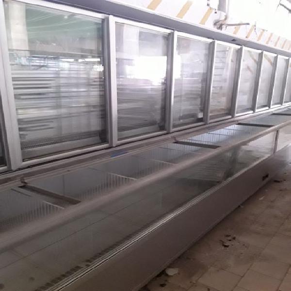 Supermercato 3000 mq vendo tutto banchi frigo casse cella