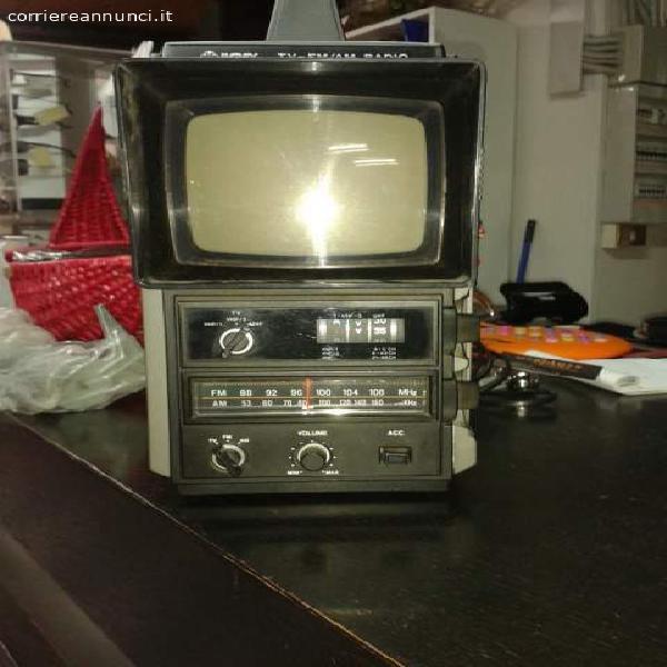Tv portatile am fm radio vintage harvey anni 70