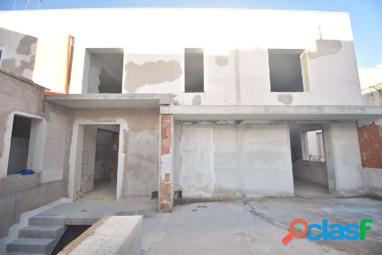 Struttura di 200 mq con veranda piano 1 - 2