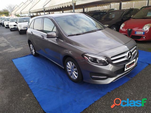 Mercedes classe b diesel in vendita a giugliano in campania (napoli)