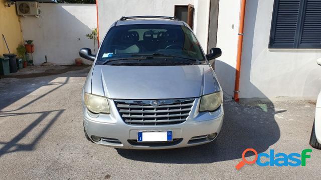 Chrysler voyager diesel in vendita a palma campania (napoli)