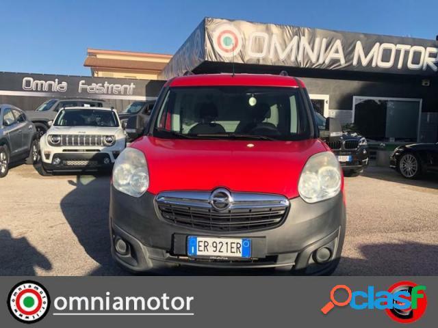 Opel combo diesel in vendita a terracina (latina)