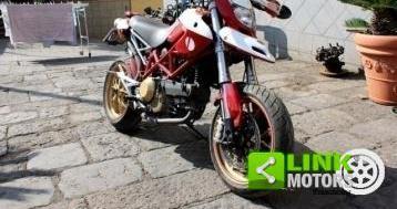 Ducati hyoermotard 1100…