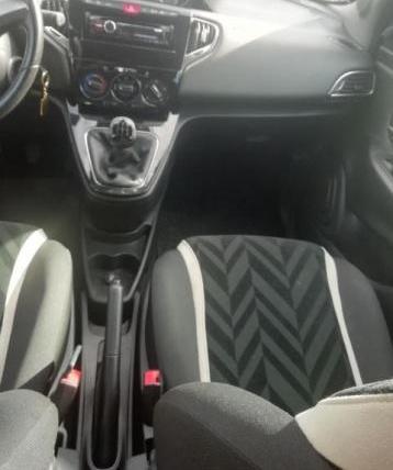 Lancia ypsilon 1.3 mjt…