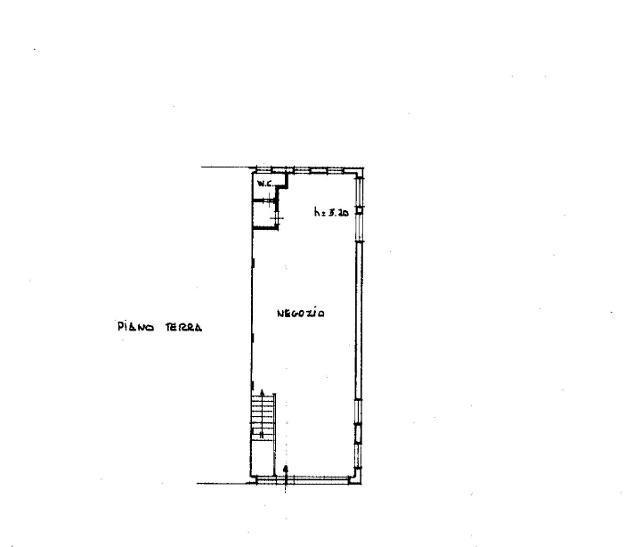 Locale comm.le/Fondo in affitto a Massa 90 mq Rif: 675329