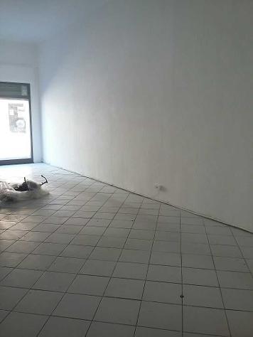 Locale comm.le/Fondo in affitto a NAVACCHIO - Cascina 50 mq