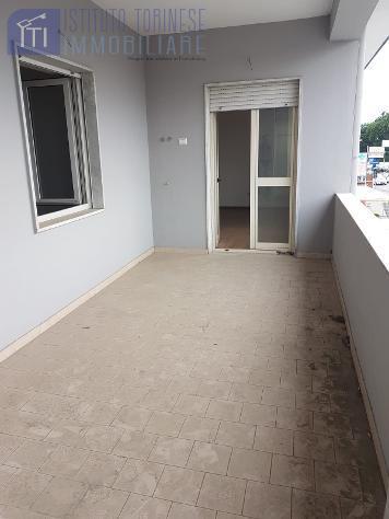 RifITI 013-AA30497 - Ufficio in Affitto a Giugliano in