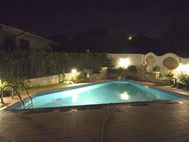 Villa singola in affitto a massarosa 175 mq rif: 852239