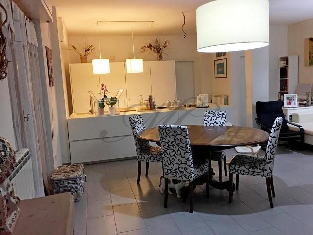 Appartamento in vendita a RONCHI - Massa 130 mq Rif: 840847