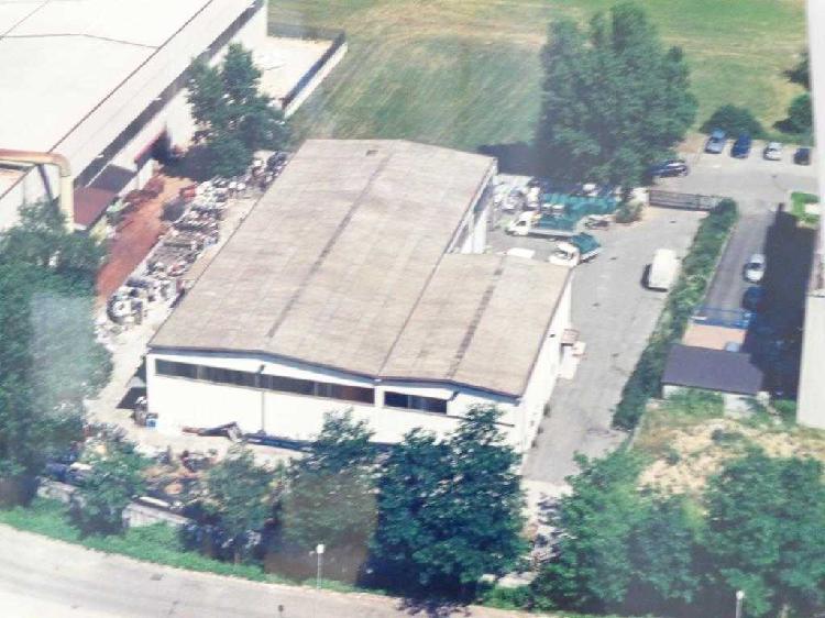 Capannone / Fondo - Industriale/Artigianale a Nave