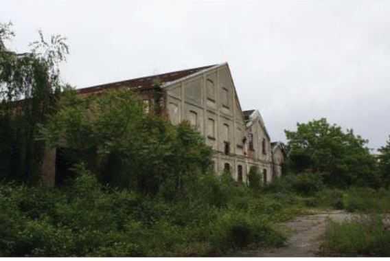 Capannone / Fondo - Industriale/Artigianale a Saronno