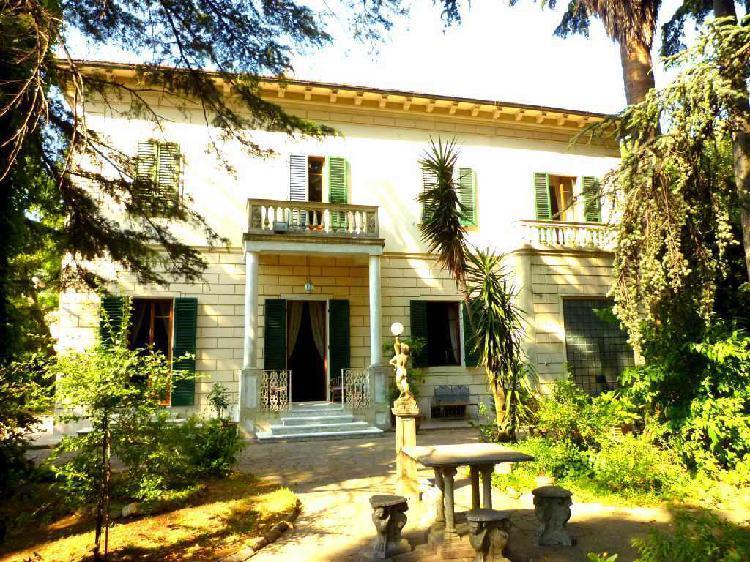 Villa d'epoca a Calci