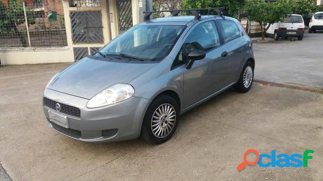 Fiat grande punto benzina in vendita a saviano (napoli)