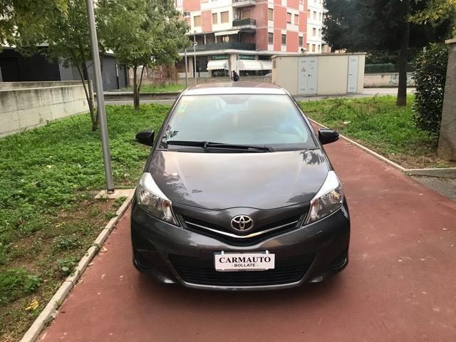 Toyota Yaris 1.0 3 porte Lounge