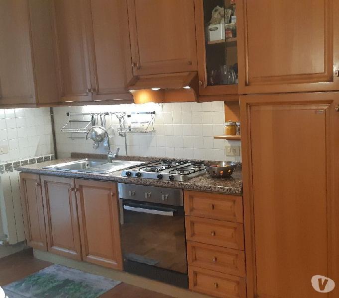 Cucina usata berloni in massello