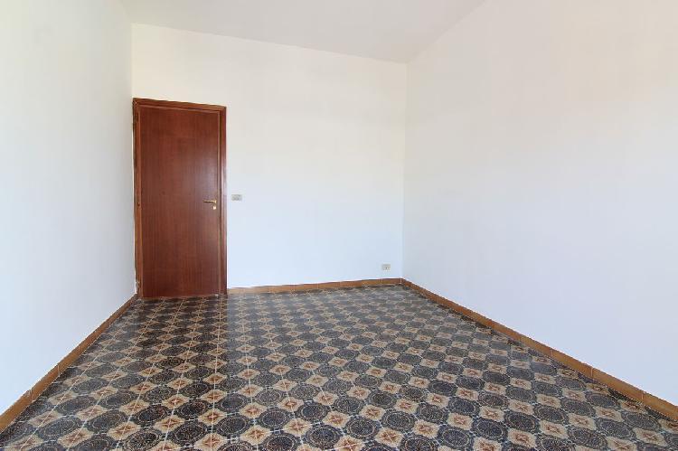 viale Scala Greca Appartamento 4 vani piano 5