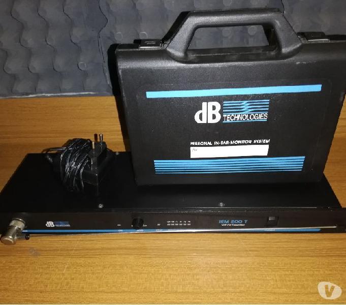 Hear monitor + moni korg ih + roland ve-jv1e + leggio + case