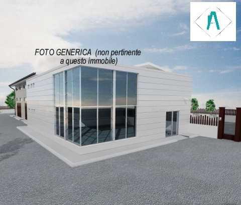 Capannone / Fondo - Magazzino a Bareggio