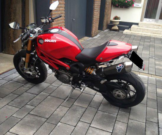 Ducati monster s 2009