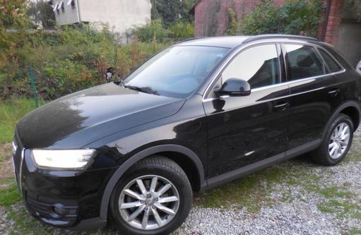 Audi q3 2.0 tdi quattro s tronic business plus