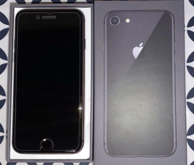 Iphone 8 64 gb grigio siderale