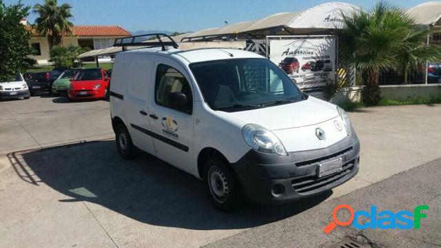 Renault kangoo diesel in vendita a saviano (napoli)