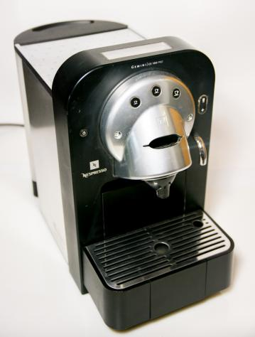 Macchinetta caffe nespresso professionale cs 100 pro