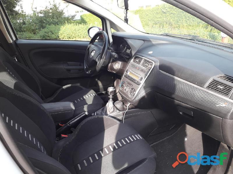 Fiat Grande Punto 1.3 MJT 90 CV 5 porte Sport 2