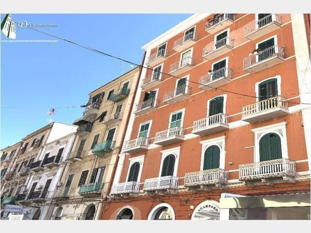 Appartamento via acclavio mq145 numero localicinque