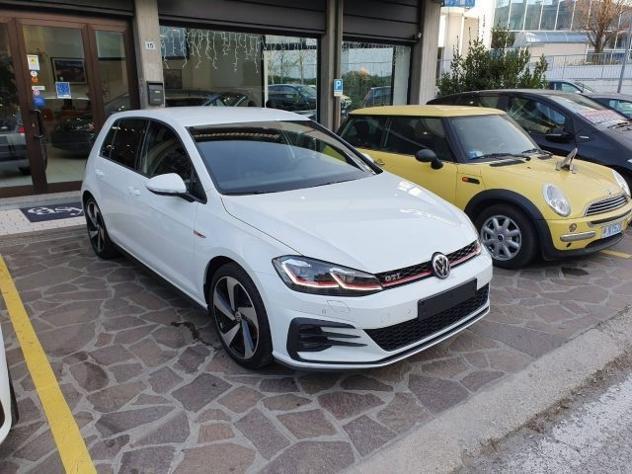 Volkswagen golf gti performance 2.0 245 cv dsg pelle led