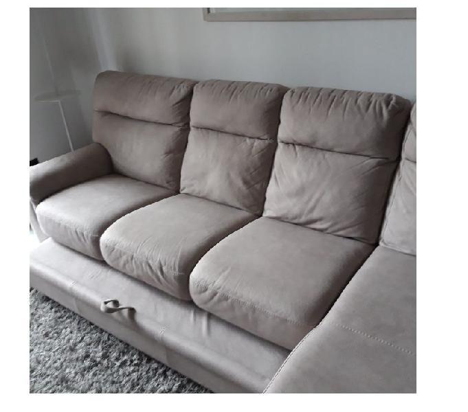 Divano moderno con letto estraibile