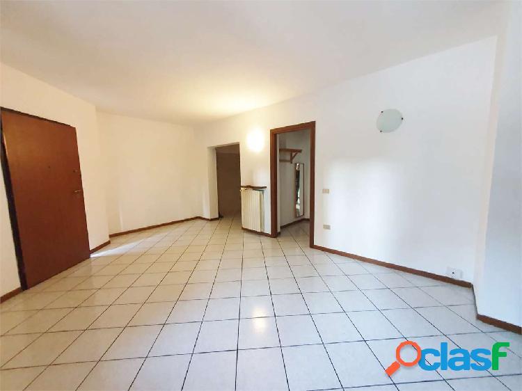 Appartamento trilocale posto al piano terra