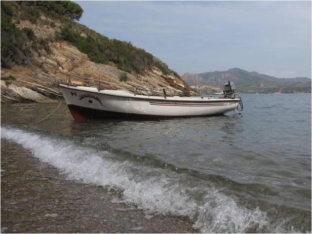 Barca a motoreelan marine pasara anno1990 lunghezza mt5