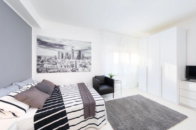Stanza singola suite in appartamento ristrutturato